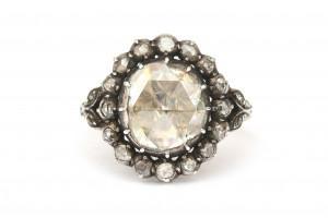 Een 14 krt goud met zilveren roosdiamanten entourage ring