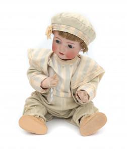 Een pop met biscuit hoofd, slaapoogjes en open mond. Simon en Halbig, genummerd 1294, automaat.